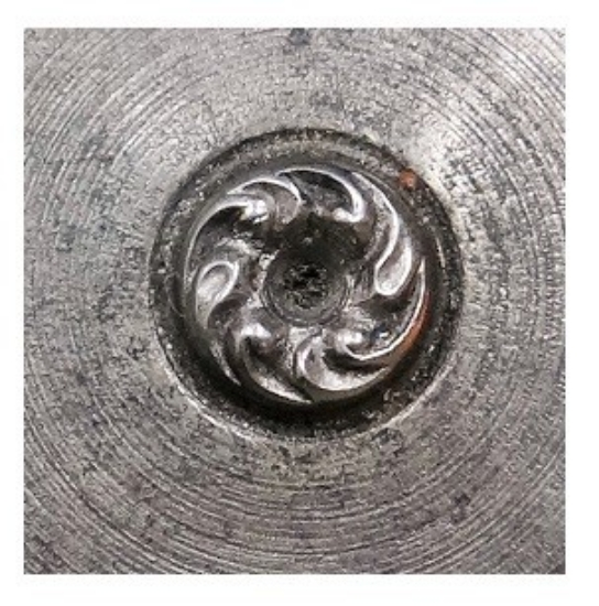 Picture of Shot Plate Swirl Wreath