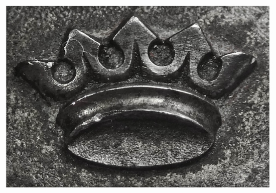 Picture of Shot Plate Spiked Crown