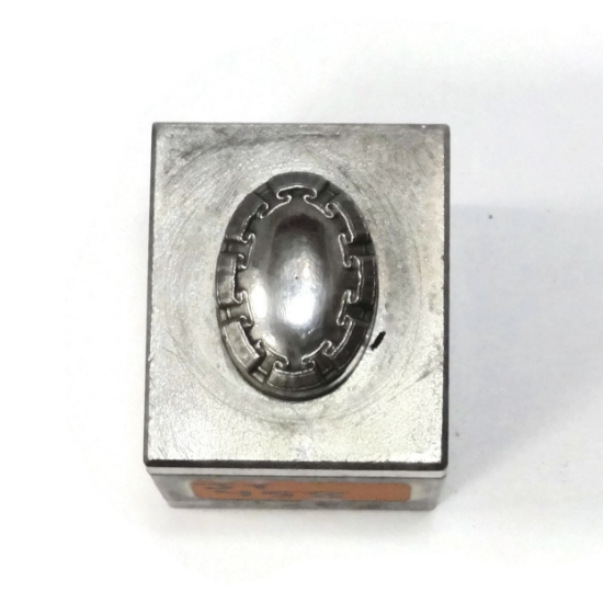 Picture of Impression Die Everbound Ribbon Bezel