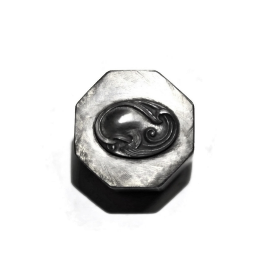 Picture of Impression Die Braided Flourish Oval