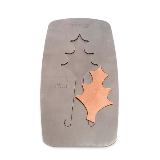 Picture of Pancake Die XM511A Holly Leaf Ornament